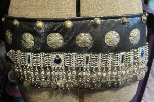 Base with coin belt, stampings and Turkish buttons
